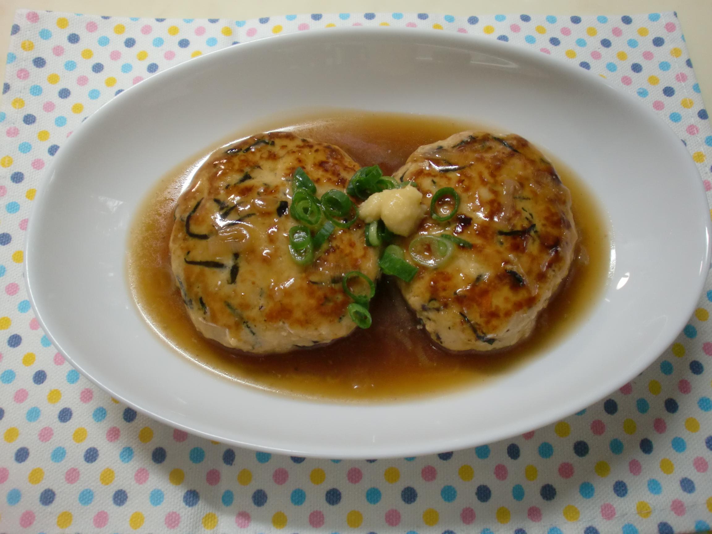 減塩のとろみあんかけ煮込み豆腐ハンバーク