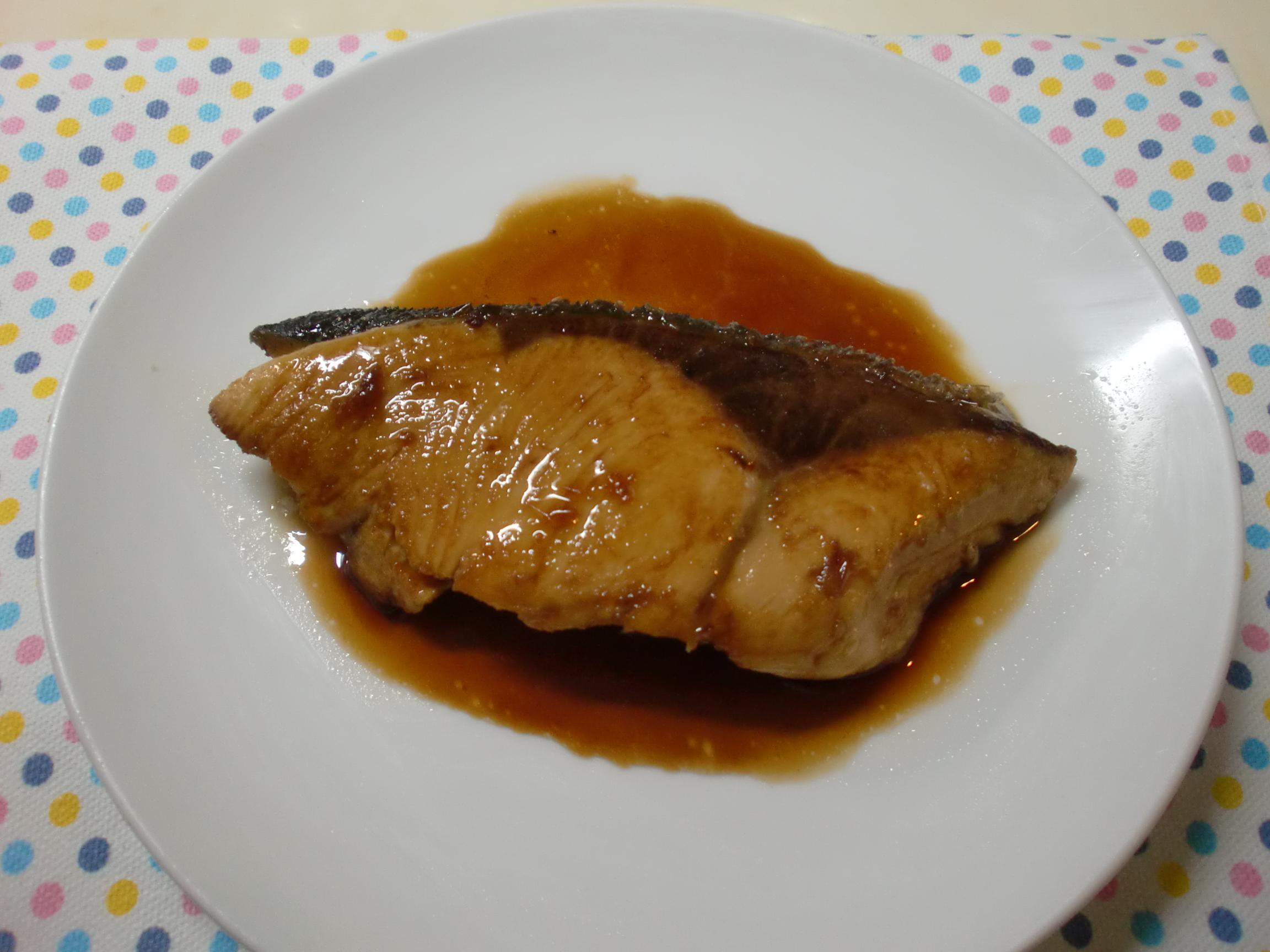 直径21cmのフライパンで簡単に作れる減塩のぶりの照り焼き
