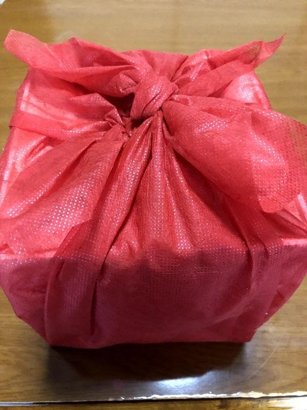 京都 「洙楽庵」の三段重の風呂敷包み